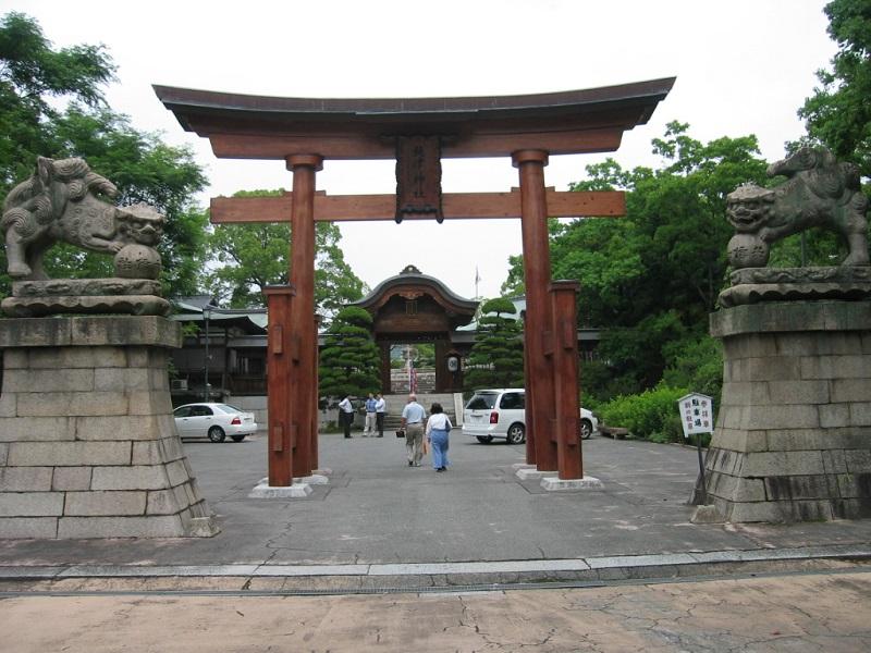 饒津神社_二の鳥居と狛犬
