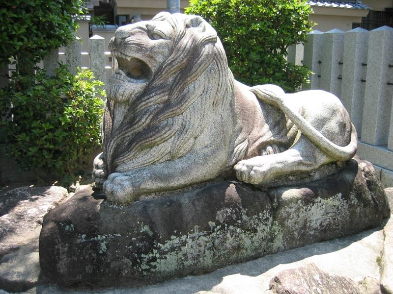 比治山神社_ライオン像