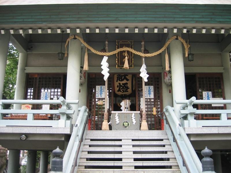 白神社_拝殿