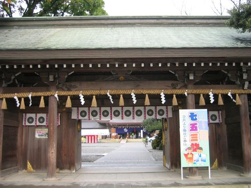 砥鹿神社_神門